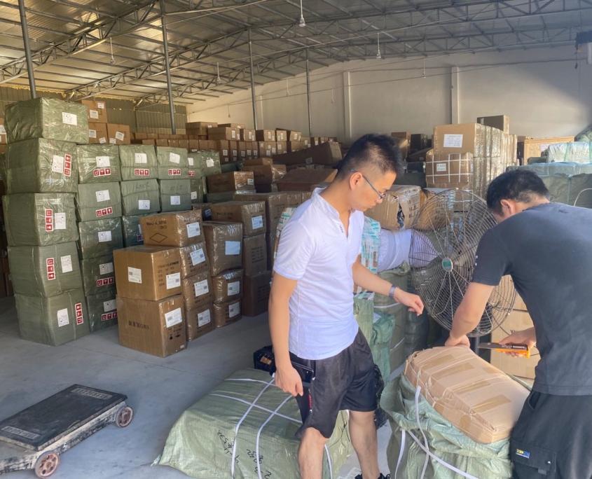 Доставка из Китая в Россию, перевозки из Китая, товары из Китая оптом, поставщик из Китая, рынок футьен, город иу yiwu